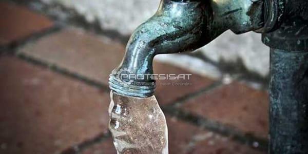 donmuş su borusu